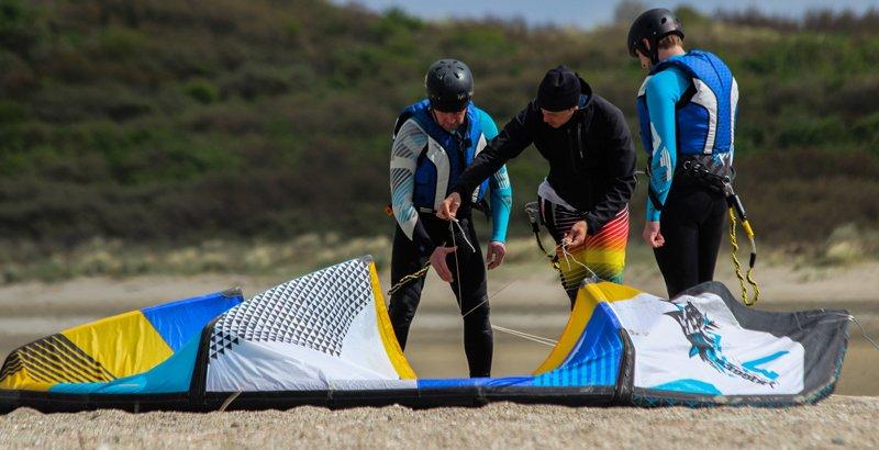 initiation-cours-kitesurf-belgique