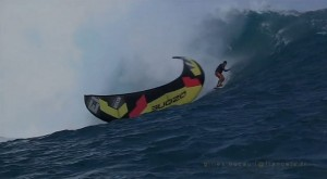 Teahupoo-surf-crash