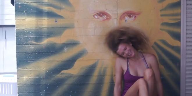 Friday Kitesurf Babe – Helena Brochocka – The Bright Side