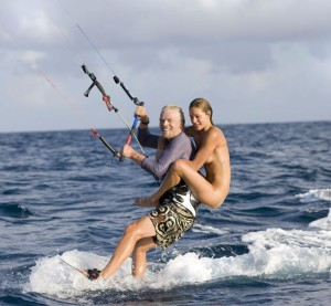 richard_naked_lady_kitesurfing_necker