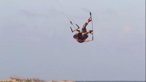 naish-kiteboarding-ewan-jaspan-freestyle-brazil